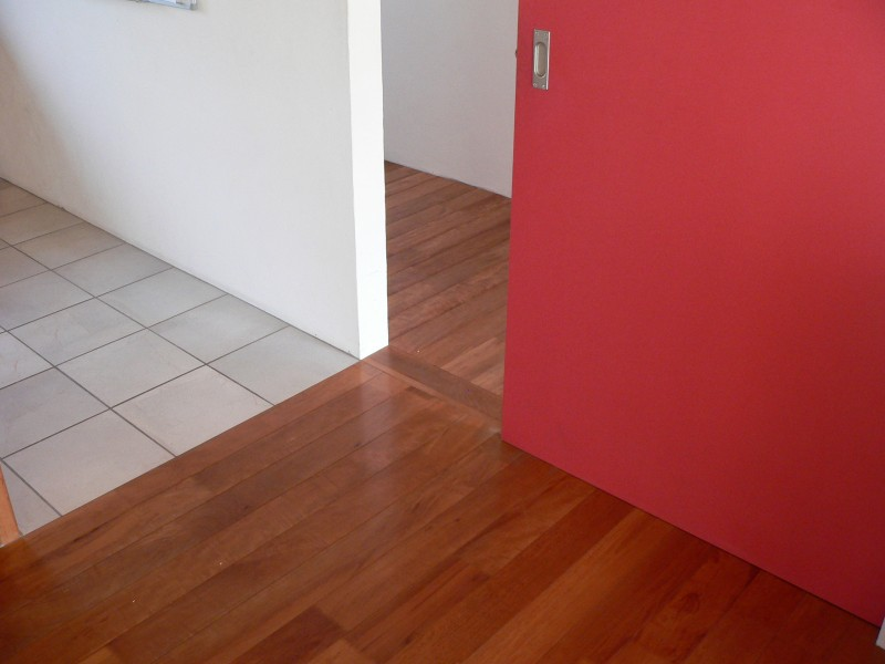 ihr parkett spezialist und allround handwerker f r. Black Bedroom Furniture Sets. Home Design Ideas